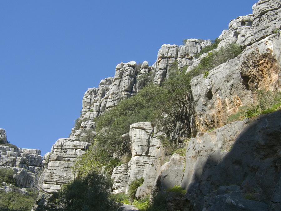 Baños Romanos Hedionda:La zona se está equipando como zona de escalada